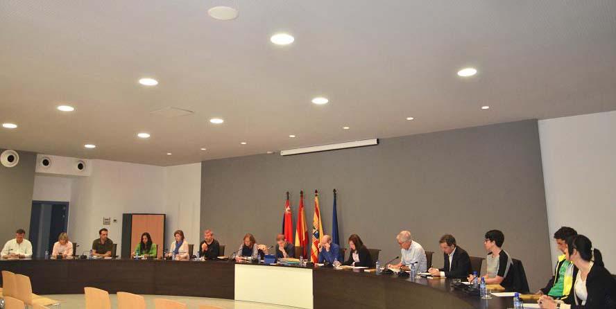 El Ayuntamiento de Binéfar baja el tipo del IBI y congela el resto de tasas e impuestos