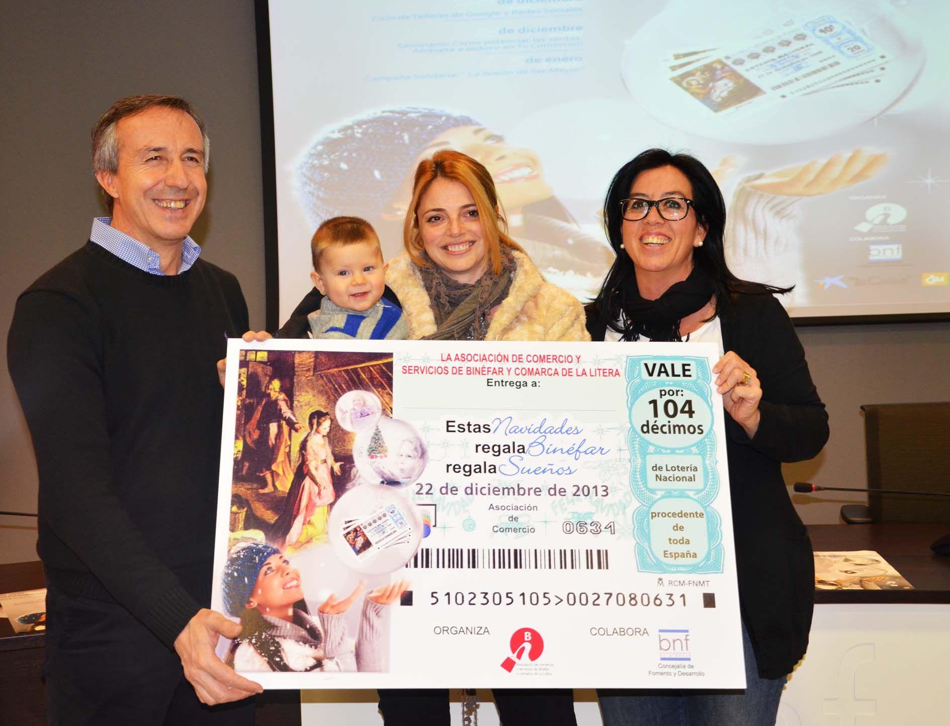 Alicia Sáinz, ganadora de los 104 décimos de lotería para el sorteo de Navidad