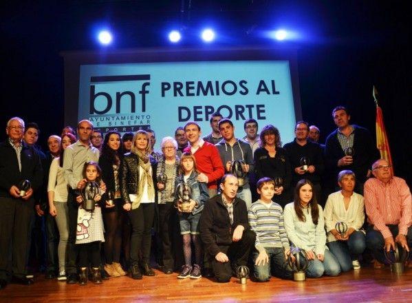 Binéfar premia a los mejores deportistas del 2013