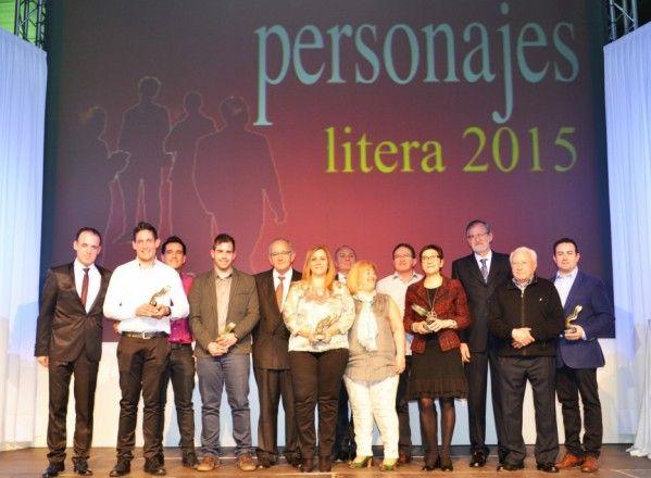 Merecidos premios en la gala Personajes Litera 2015