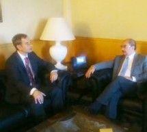 Alfonso Adán y Javier Lambán se reunen con el centro de salud y el colegio como objetivos