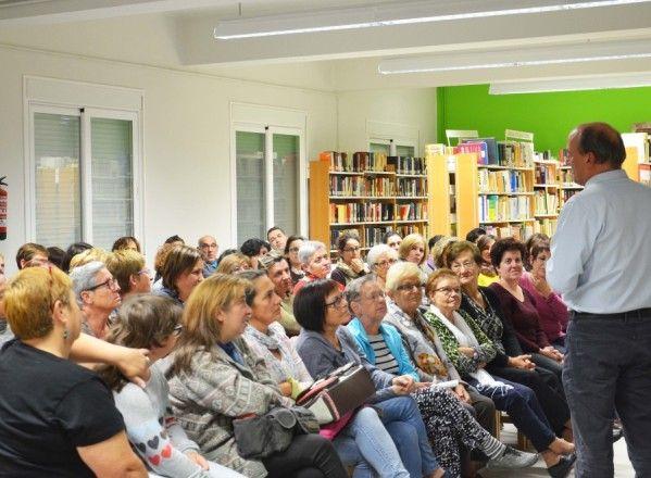 Gustavo Martín Garzo prende estímulos y emociones en su visita a Tamarite