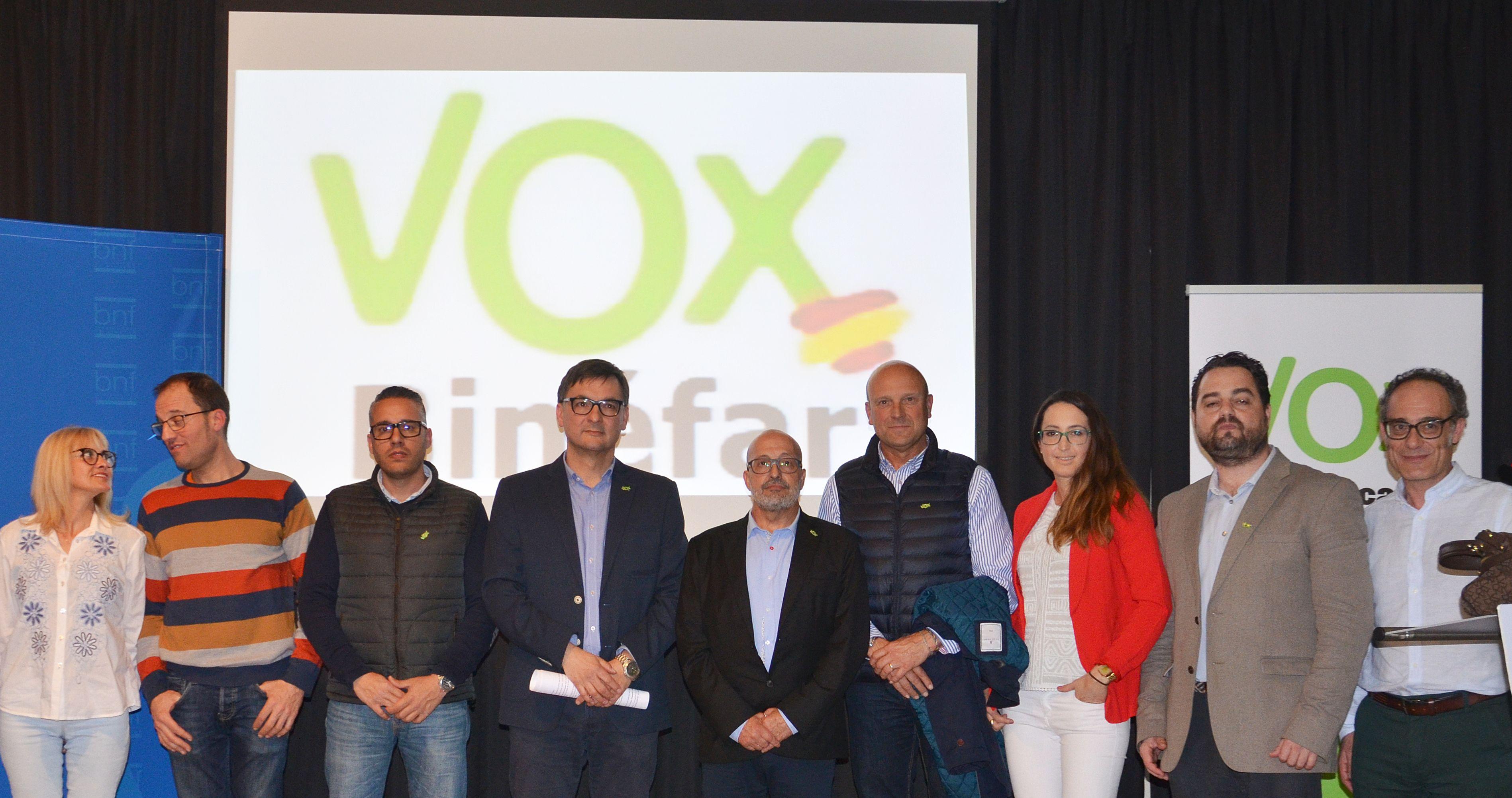 Vox reúne a ochenta seguidores en su primer acto en Binéfar