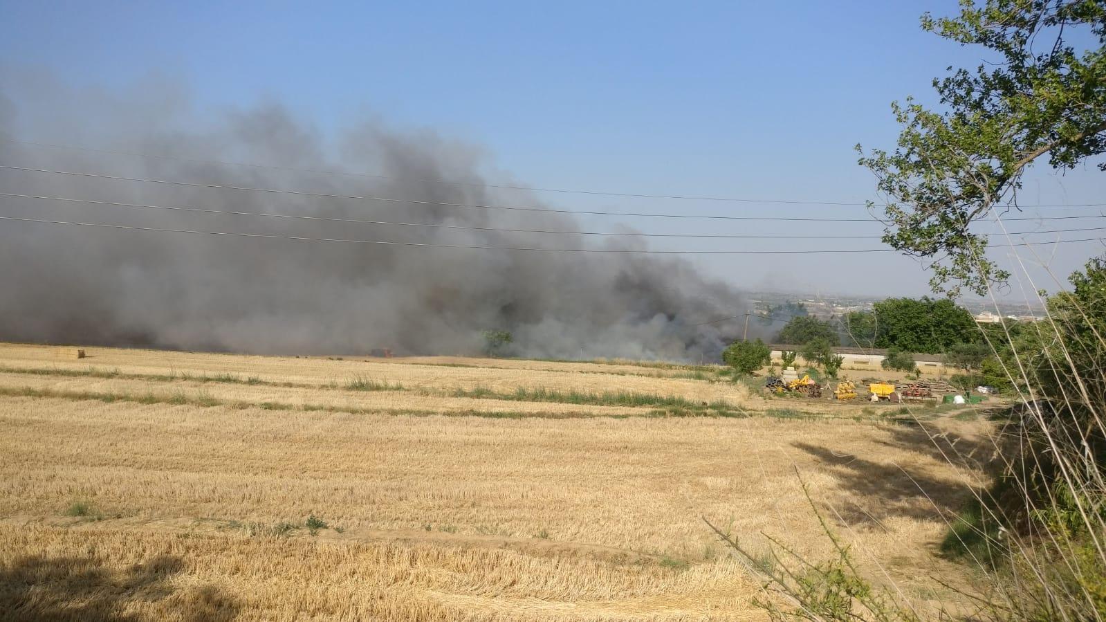 Un incendio en Binéfar, también controlado, coincide en el tiempo con el de San Esteban