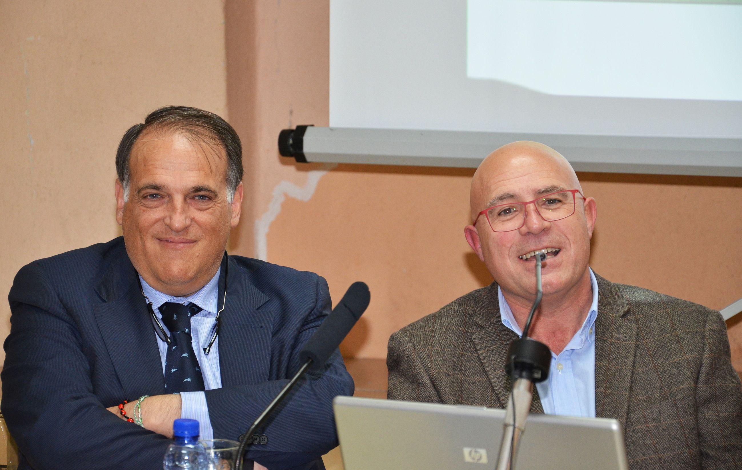 Javier Tebas y Pedro Torréns firman una interesante conferencia en Azanuy