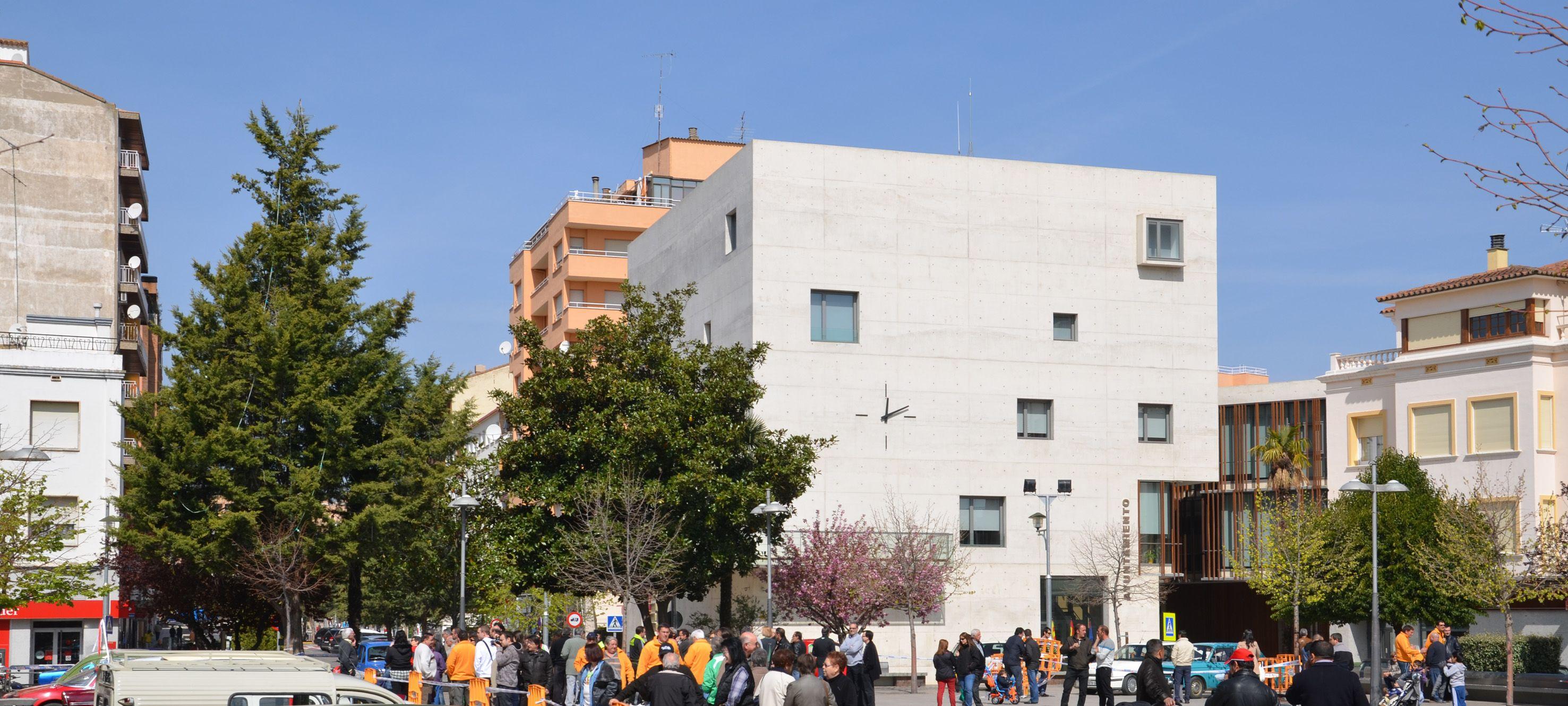 El Ayuntamiento de Binéfar desmiente la información de la revista Vivir La Litera sobre