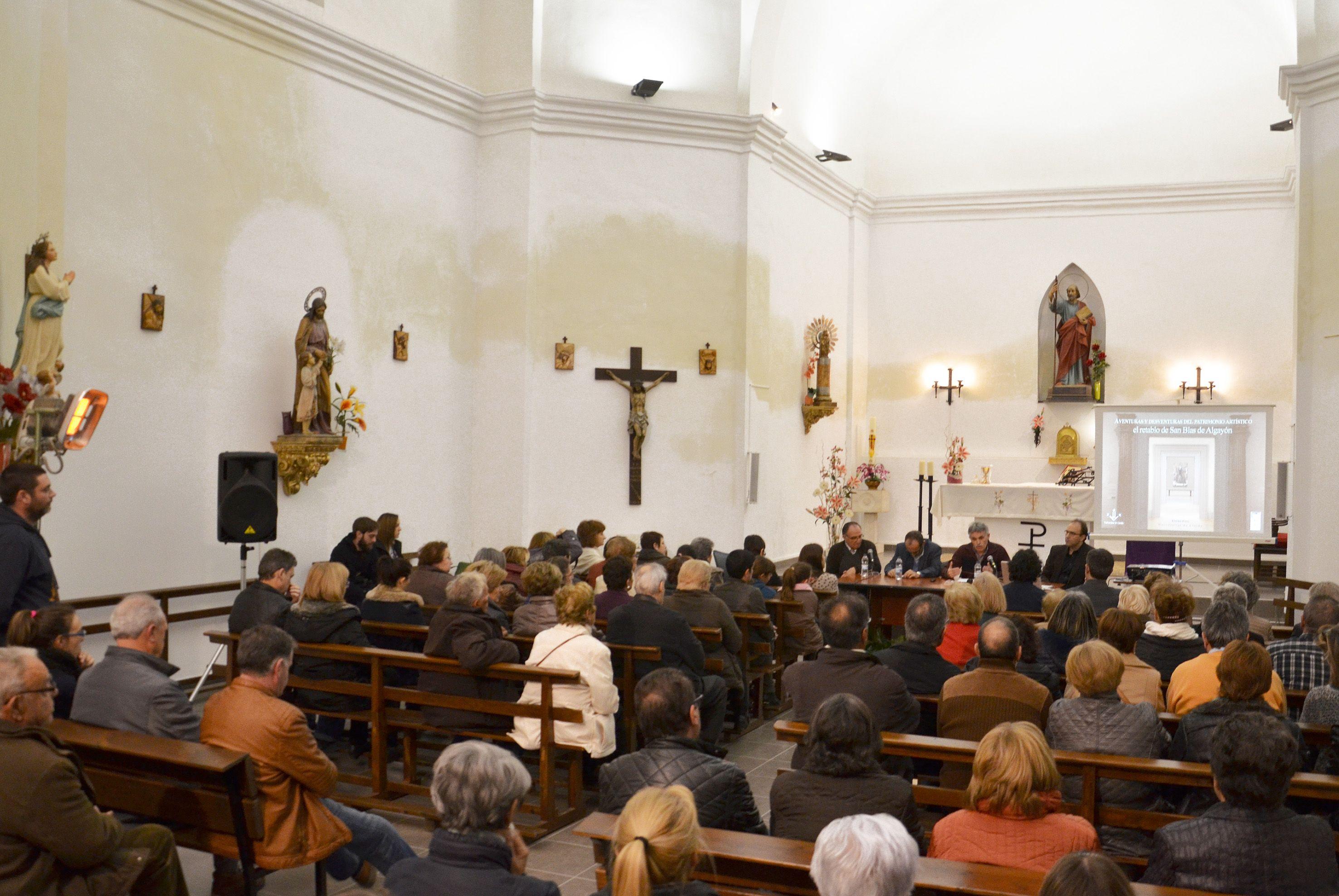 Una imitación del Retablo de San Blas luce en la iglesia parroquial de Algayón