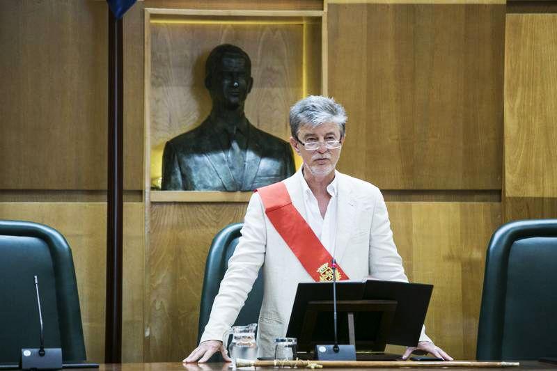 El nuevo alcalde de Zaragoza guarda lazos familiares con Alcampell