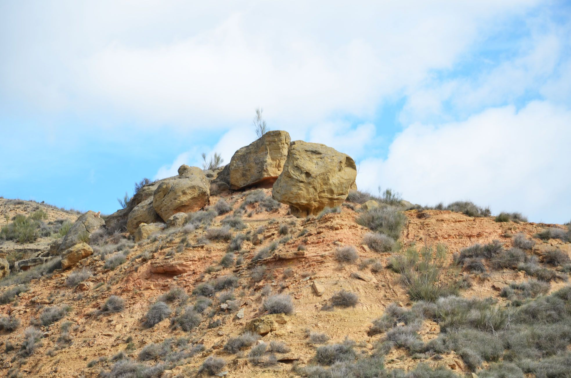 Rocas en el aire